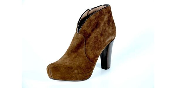 Dámske hnedé kotníkové topánky Bluegenex