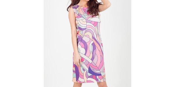 Dámske pastelové šaty so vzorom Chaser