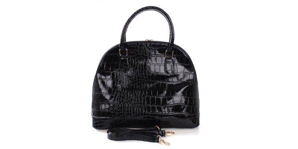 Dámska čierna kabelka v lesklom prevedení Mercucio