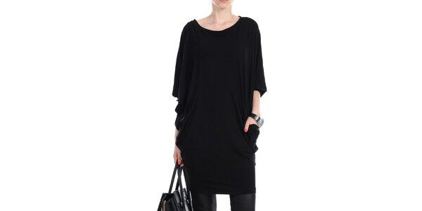Dámske čierne voľné šaty s vreckami na bokoch Yulia Babich