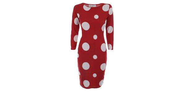 Dámske červené šaty s bielymi bodkami Melli London