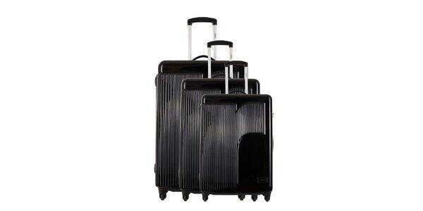 Sada troch čiernych kufrov s reliéfnym logom Renoma