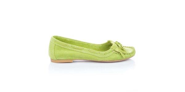 Dámske limetkové semišové loafers so strapcami a mašľou Bueno