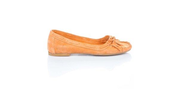 Dámske oranžové semišové loafers so strapcami a mašľou Bueno