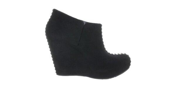 Dámske čierne topánky na kline Melissa