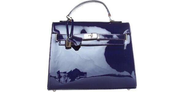 Dámska kobaltovo modrá lakovaná kabelka Made in Italia