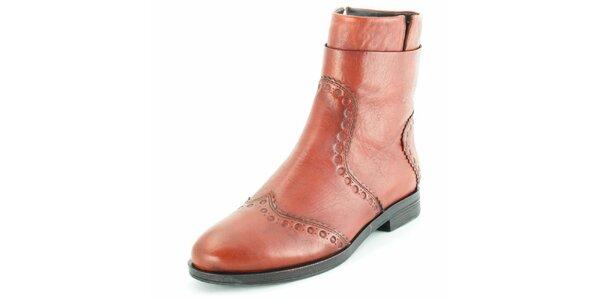 Dámske kožené členkové topánky Geox v hnedej farbe