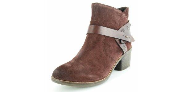 Dámske hnedé semišové členkové topánky Geox