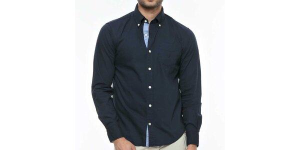 Pánska tmavo modrá košeľa s kontrastnou légou Nautica