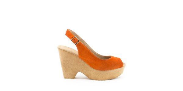 Dámske oranžové sandále na širokom opätku a platforme MISU