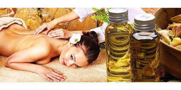 Thajská akupresúrna masáž alebo masáž chrbta