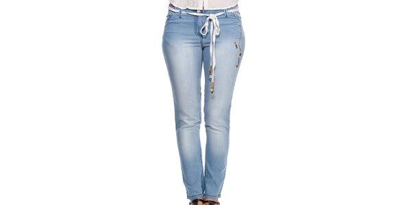 Dámske modré džínsy s ozdobným opaskom Peace&Love