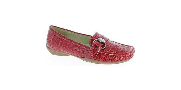 a8b2ed3b9f01 Dámske tmavo červené mokasíny so vzorom krokodílej kože Andrea Conti