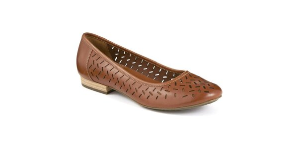 Dámske tmavo hnedé topánky s perforáciou Clarks