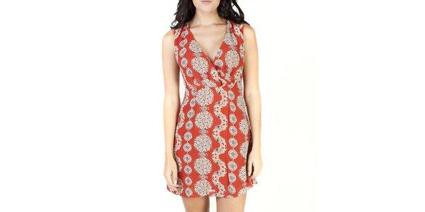 Dámske oranžové šaty so vzorom Pepper Tree