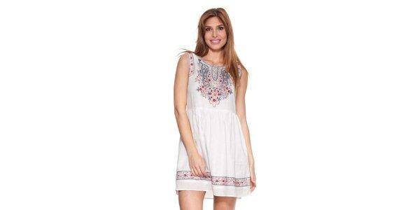 Dámske biele šaty s farebnou výšivkou Kool