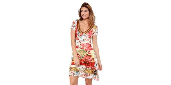 Dámske kvetinové šaty s korálkovým výstrihom Kool