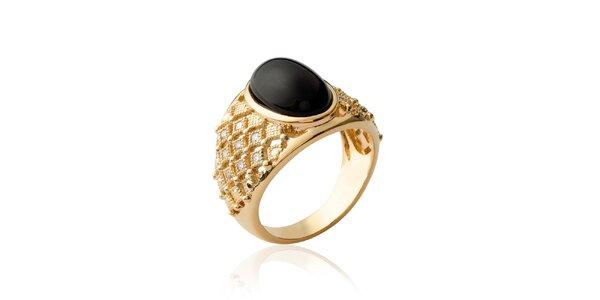 Dámsky pozlátený prsteň s čiernym kameňom Fifi Ange