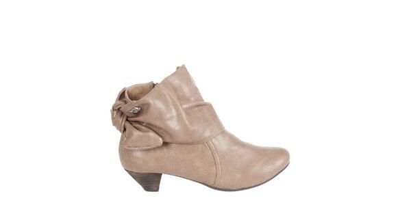 Dámske svetlo hnedé kotníkové topánky Xti