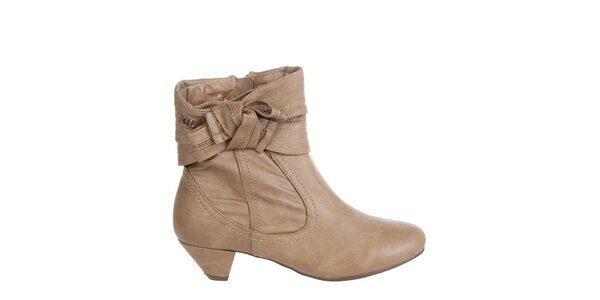 Dámske orieškovo hnedé kotníkové topánky Xti