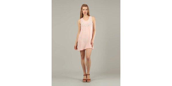 Dámske ružové šaty Jubylee s korálkami