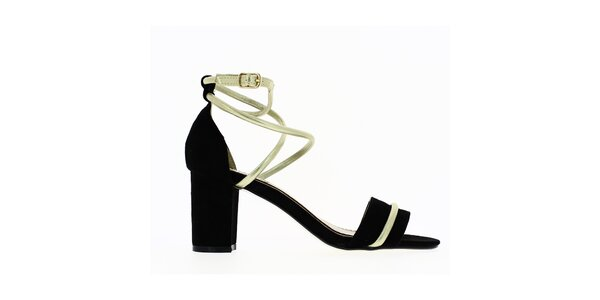 Dámske čierne sandále s lesklým remienkom Shoes and the City