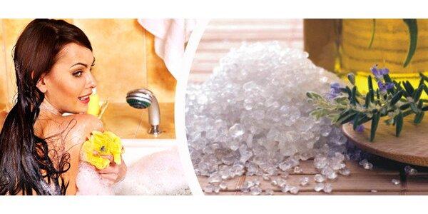 1 kg kúpeľovej soli s konope