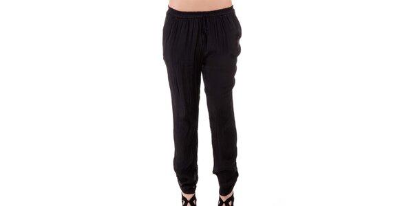 Dámske čierne hodvábne nohavice Keysha