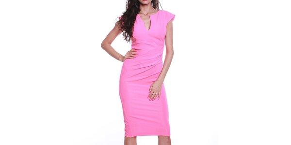 Dámske ružové púzdrové šaty s výstrihom Melli London