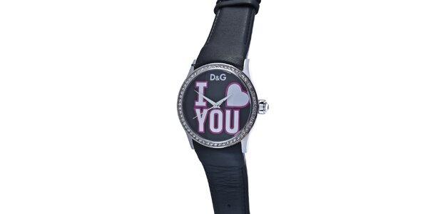 Dámske oceľové hodinky Dolce & Gabbana s kamienkami a čiernym koženým remienkom