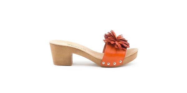 Dámske kožené sandále s oranžovým remienkom Daneris