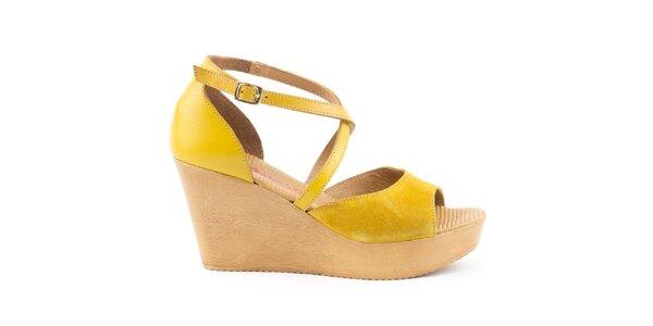 Dámske žlté kožené sandále na kline Daneris