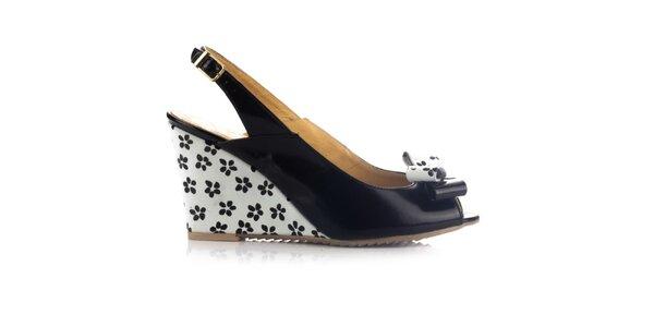 Dámske čierno-biele kožené sandálky na kline Joana and Paola