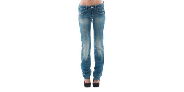 Dámske modré vyšúchané džínsy s odreninami a štýlovým opaskom Fornarina
