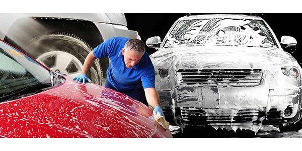 Ručné umytie alebo tepovanie auta