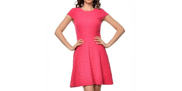 Dámske fuchsiové šaty s krátkym rukávom Dia Vynne