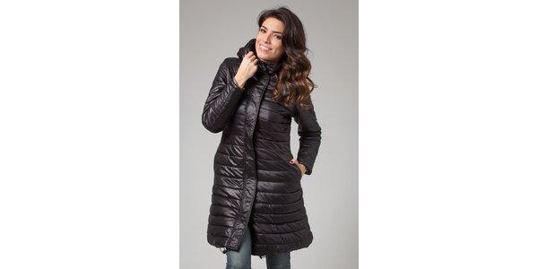 Dámsky čierny zimný prešívaný kabát More Down Eight