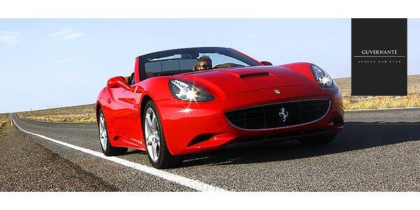 Jazda na luxusnom športovom aute