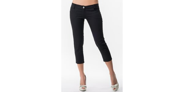 Dámske čierne capri nohavice s 5 vreckami Sixie