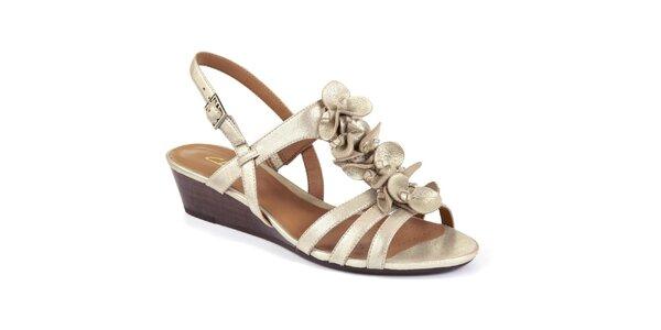 Dámske zlaté sandále na nízkom kline Clarks