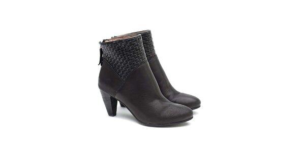 Dámske čierne členkové topánky z kože Shoe the Bear