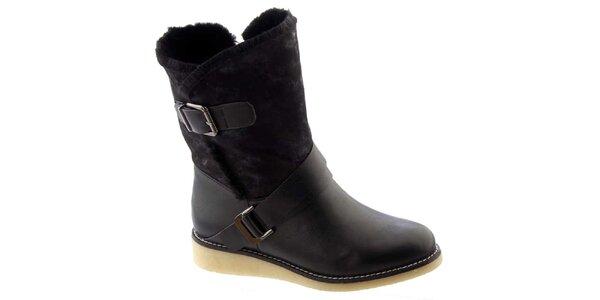 Dámske čierne zateplené topánky s prackami Betsy