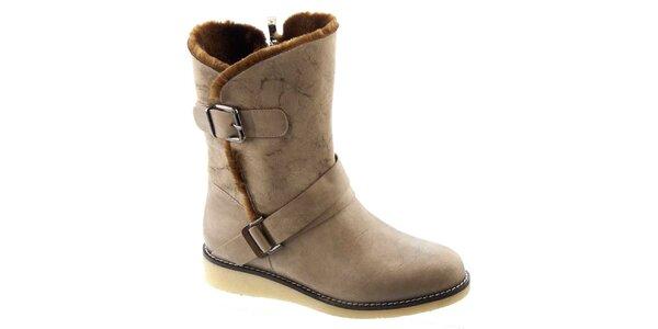 Dámske béžové zateplené topánky s prackami Betsy