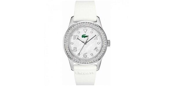 Dámske hodinky z nerezovej ocele s bielym remienkom a kamienkami na lunete…
