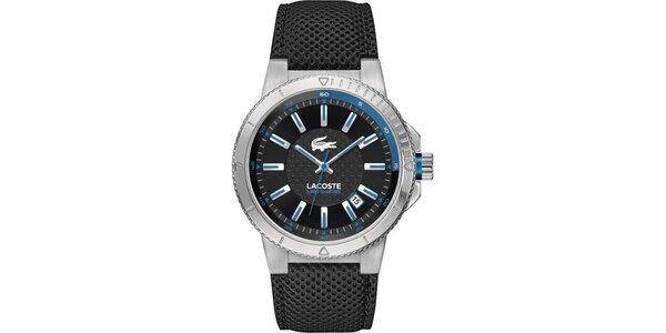 Pánske hodinky s modrými prvkami Lacoste