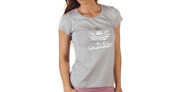 Dámske šedé tričko s potlačou Adidas