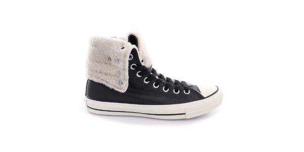 Dámske čierne topánky s kožúškom Converse