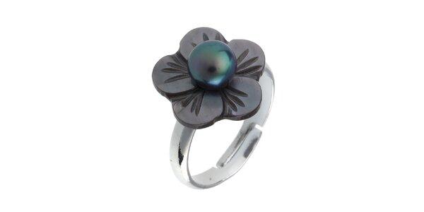 Dámsky perleťový prstienok s čiernou perlou Orchira