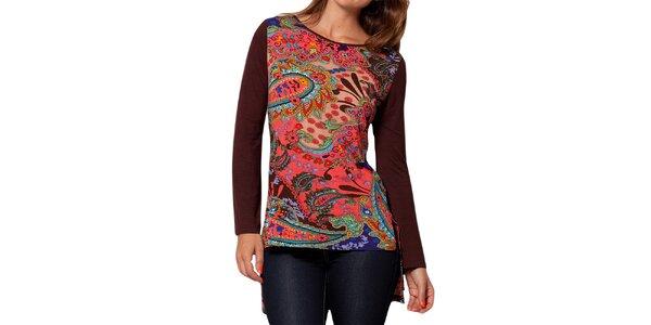 Dámske tričko s dlhým rukávom a pestrofarebnou potlačou Peace&Love
