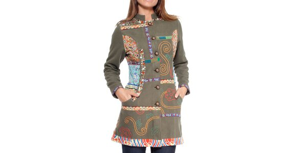 Dámsky zelený kabát s farebnými výšivkami Peace&Love